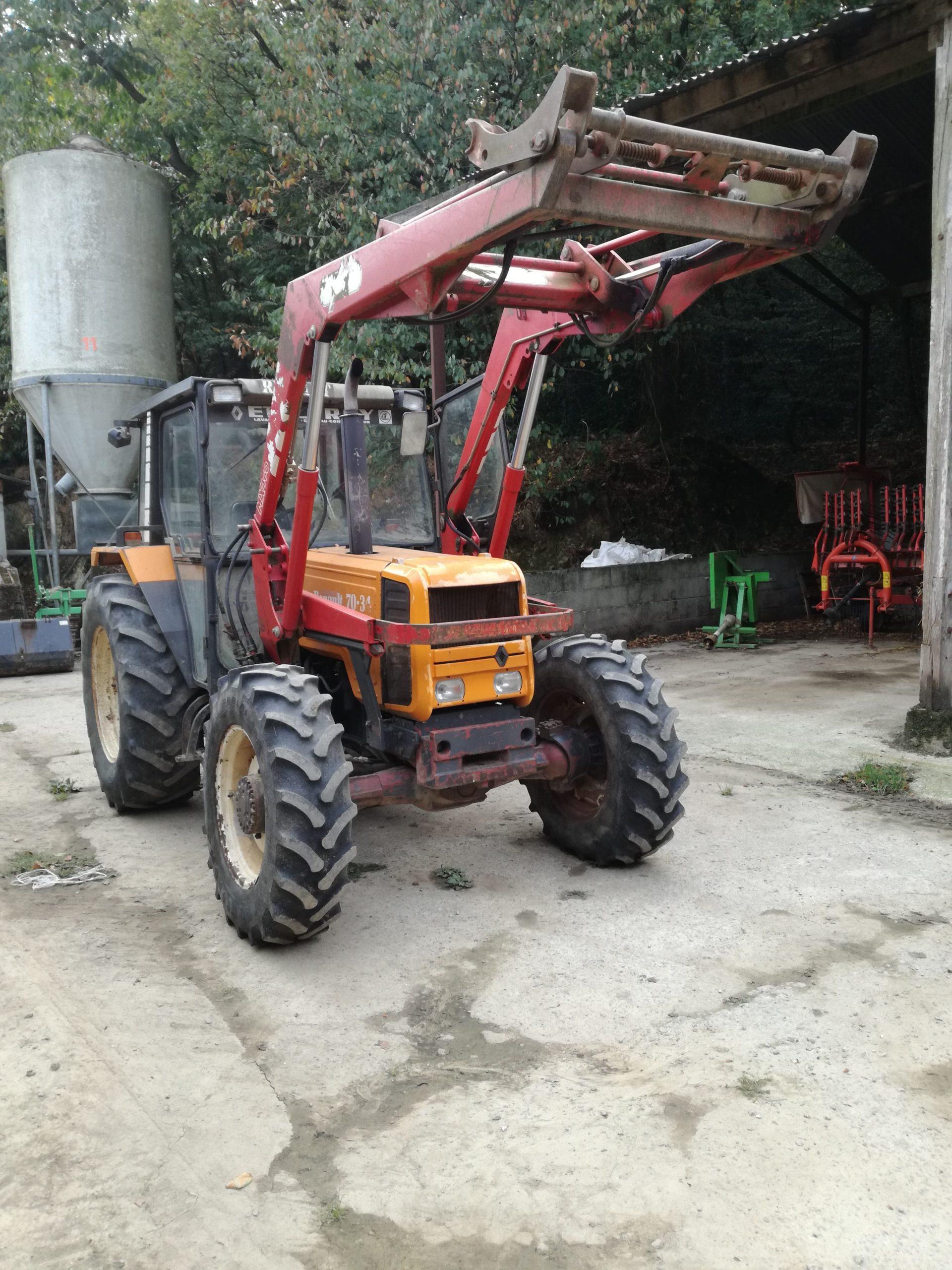 Tracteur de ferme - Silo - Alimentation